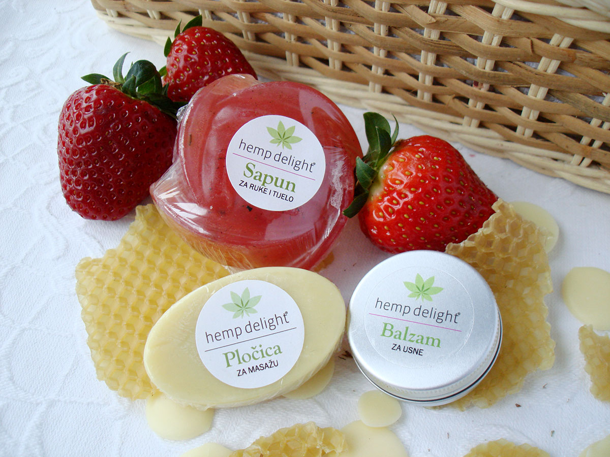 Hemp delight beauty set - strawberry